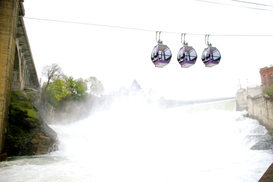 The Skyride over the Falls